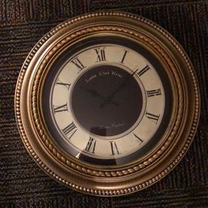 Clock great working condition